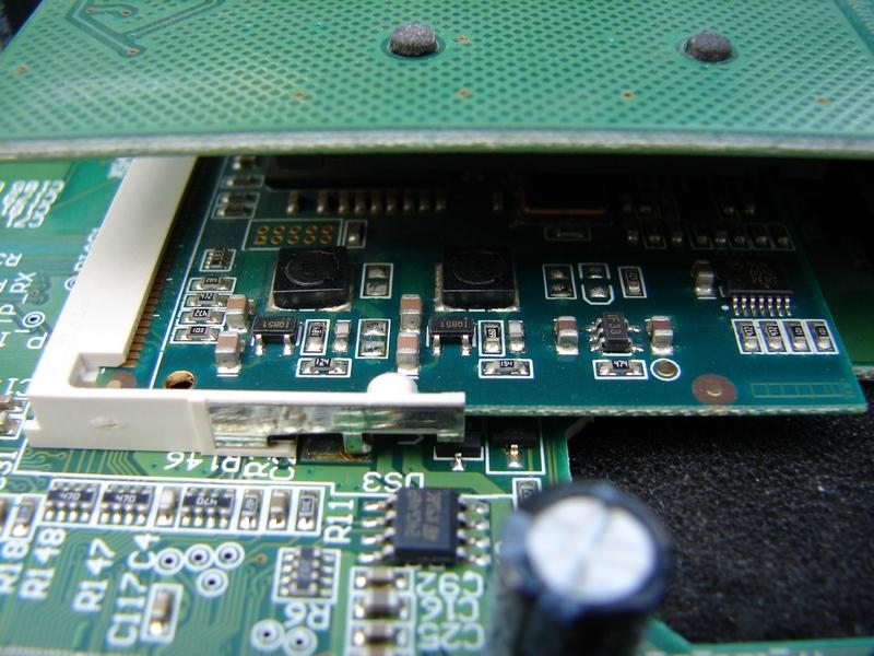 элементы материнской платы ресивера GS 8300