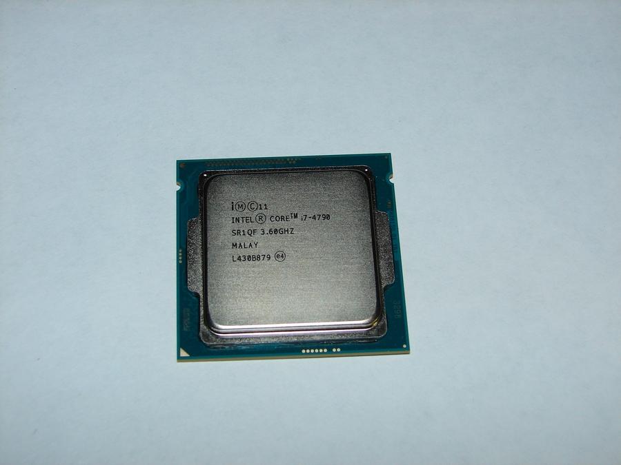 Процессор Intel Core I-7 4790 для сборки системного блока