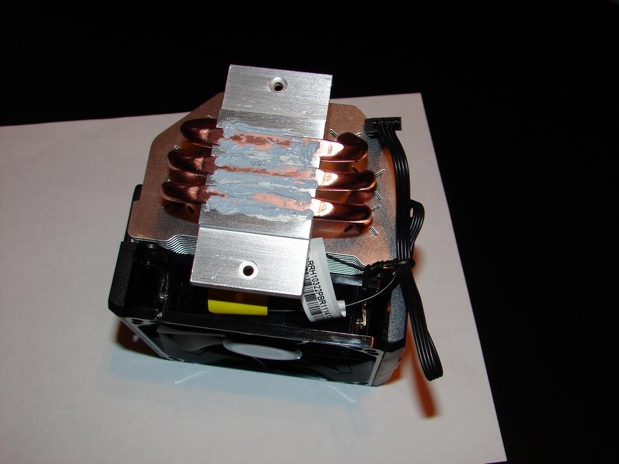 Система охлаждения,  применённая в процессе сборки компьютера