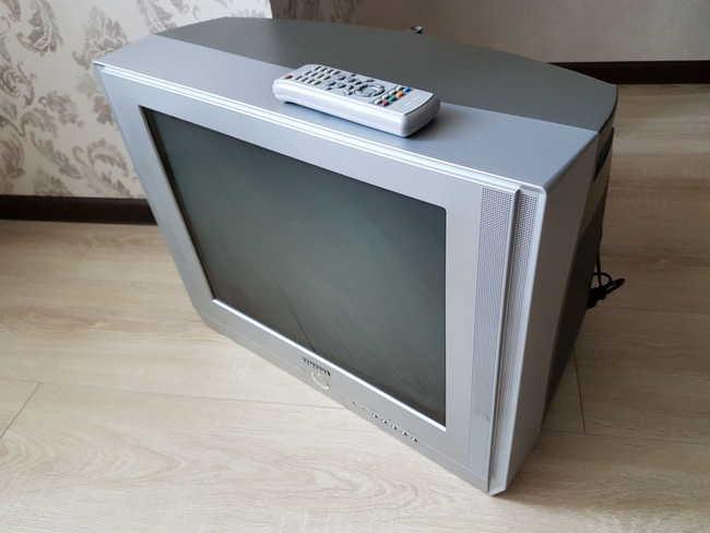 Вывезти телевизор такого формата обойдется в 500 рублей