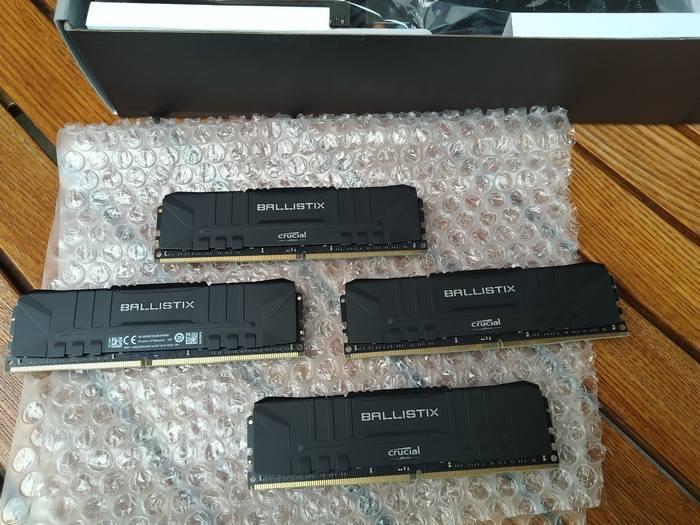 Память CRUCIAL Ballistix BL16G30C15U4B - приобрели сразу 4 модуля суммарной емкостью 64гб